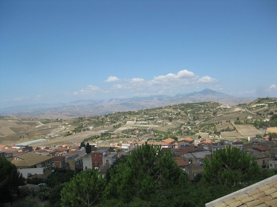 Sicily Travelnet Private Tours: Overlooking Grotte from Torre del Palo