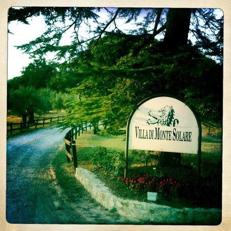 Villa di Monte Solare: entrance