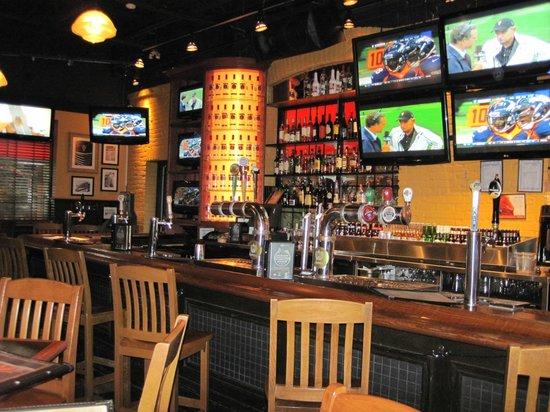 Jack Astor's Bar & Grill : tavern side of Jack's