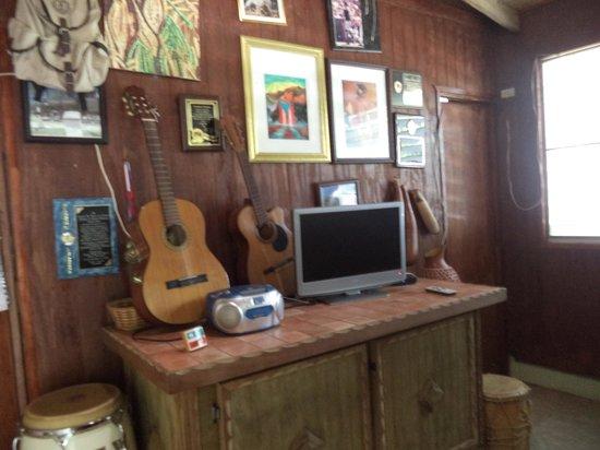 Cabanas El Rucio: INTERIOR DE UNA DE LAS CASITAS