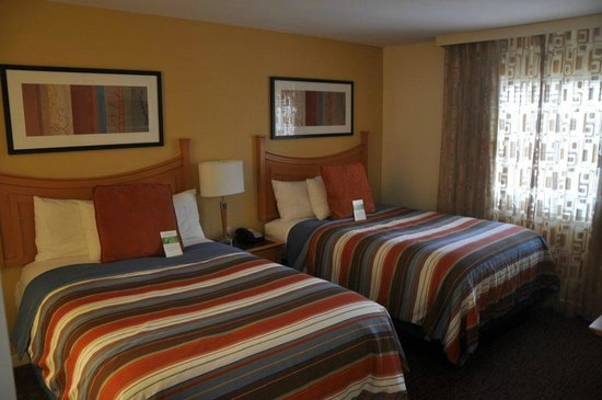 HYATT house Miami Airport: Dormitorio