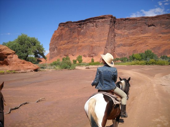 Justin's Horse Rental: Canyon De Chelly