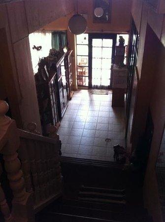 Lavinia House: Entrance