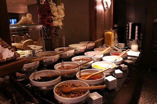 Hotel Momento : Yummy breakfast