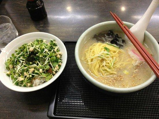 Santoka Asahikawa: ネギメシとしおラーメン