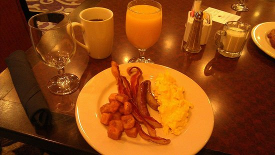 Doubletree by Hilton Hotel New Orleans Airport: Breakfast