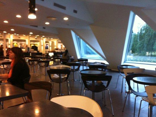 Wakeup Copenhagen Carsten Niebuhrs Gade: Breakfast room