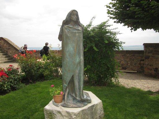 Benedictine Abbey of St. Hildegard : Sculptor of St Hildegard in the grounds of the Abbey