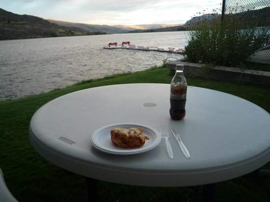 Lake Pateros Inn: Leftovers on the Columbia- A real treat