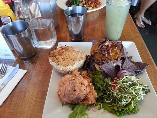 Photo of Mexican Restaurant flore vegan cuisine at 3818 W Sunset Blvd, Los Angeles, CA 90026, United States
