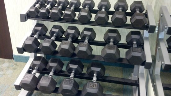 SpringHill Suites Monroeville: Dumbbells up to 50 lbs