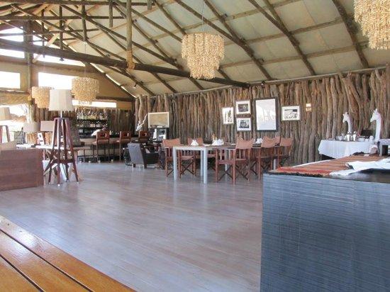 Belmond Savute Elephant Lodge: Savuti Clubhouse