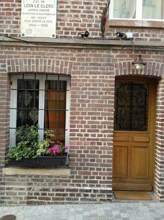 L'Autre Maison : entrance