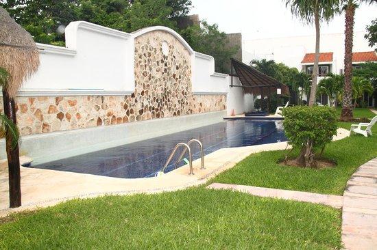 Playa Vintage B&B : vista piscina