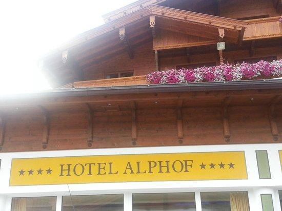 Hotel Alphof: Hotel Facade
