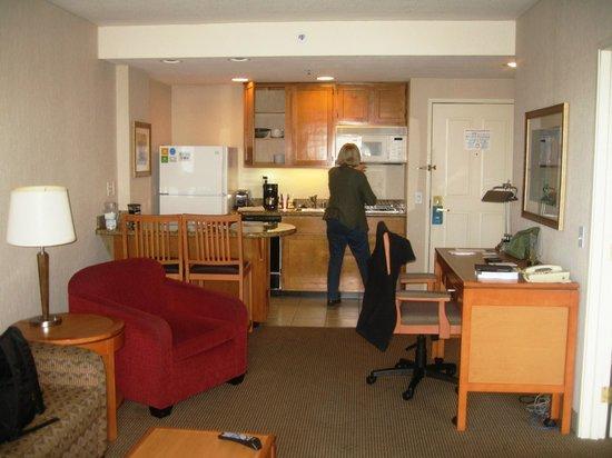 HYATT house Emeryville / San Francisco Bay Area: Excellent Kitchenette