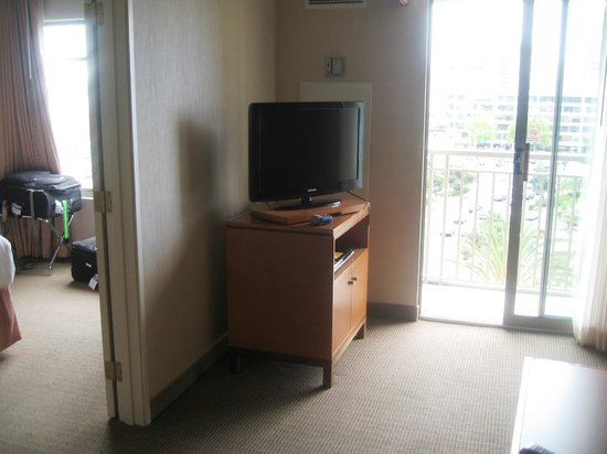 HYATT house Emeryville / San Francisco Bay Area: Sitting area (another TV in bedroom)