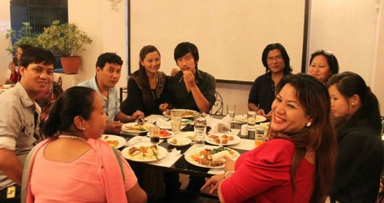 Flavor's Cafe & Restaurant : Family Time @ Flavour's Cafe :)