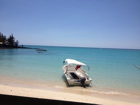 Pereybere Beach: view from reasonably priced beachfront restaurant