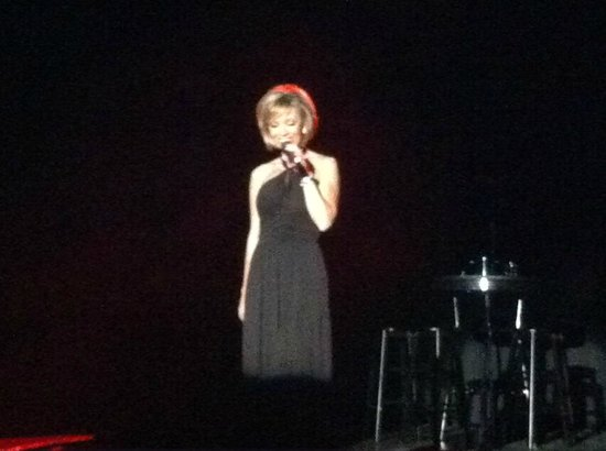 Shades Of Sinatra: Lisa Ballad