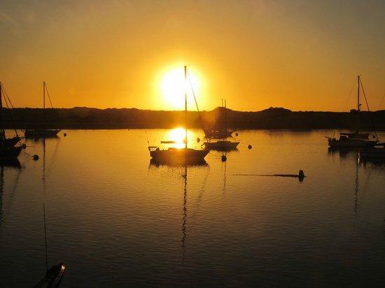 Estero Inn : Sunset Morro Bay