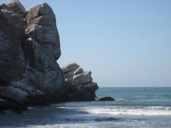 Estero Inn : North side of Morro Rock