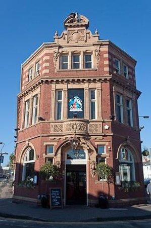 Outside The Junction Pub In Harborne Birmingham