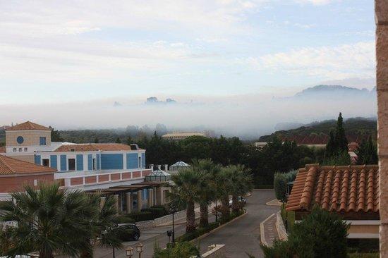 Aldemar Olympian Village: Утро