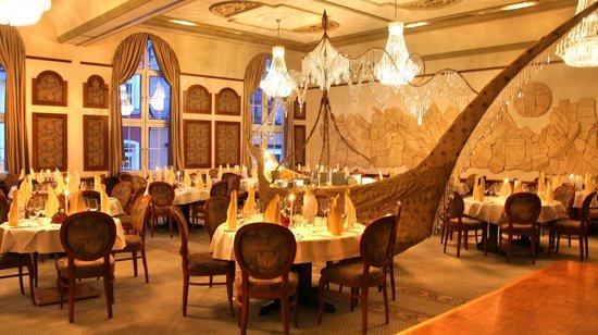 Hotel Drei Schwanen: Ballsaal