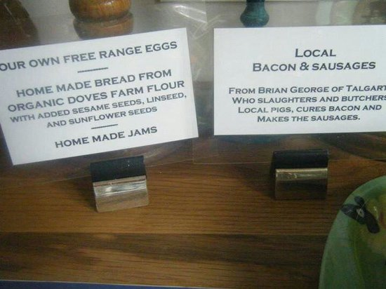 Upper Middle Road Farm: 'Does what it says on the signs' Gorgeous breakfast