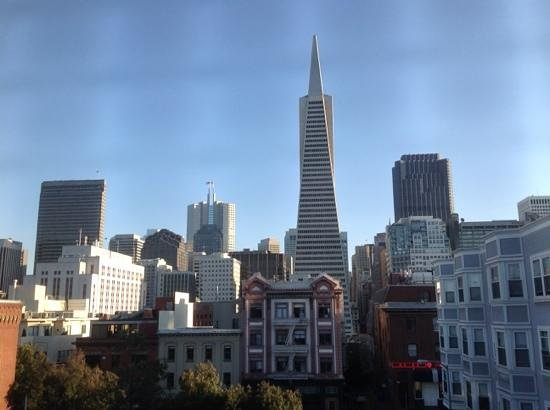 Green Tortoise Hostel - San Francisco: View from private double room window