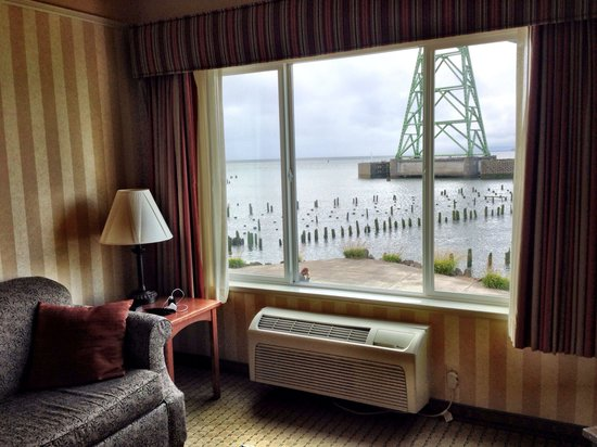 Holiday Inn Express and Suites Astoria: Room with a view