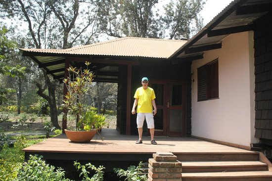Arusha Coffee Lodge : Outside deck perfect for relaxing