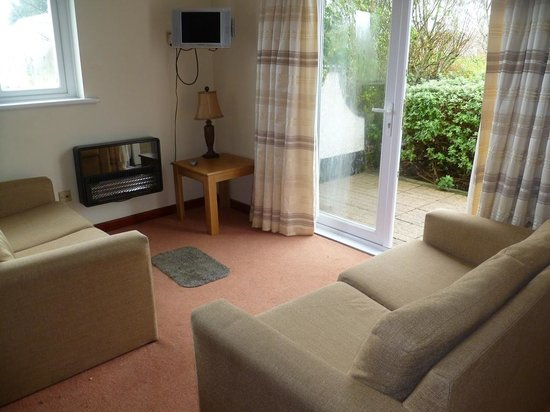 Silvercliffs Holiday Park: Living area
