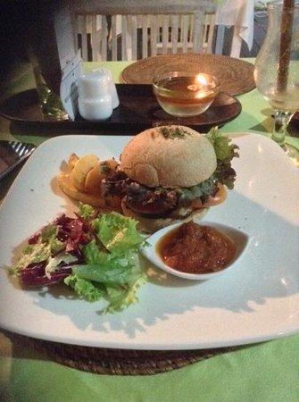 Manik Organik: vegan burger