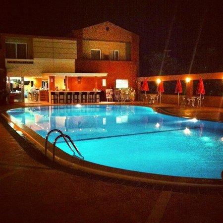 Castro Beach Hotel: Наш бассейн