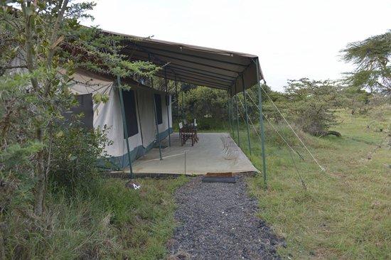 "Porini Rhino Camp : ""Room"" with a view!"
