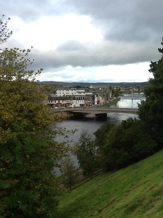 Mercure Inverness Hotel: view from the 3 floor window