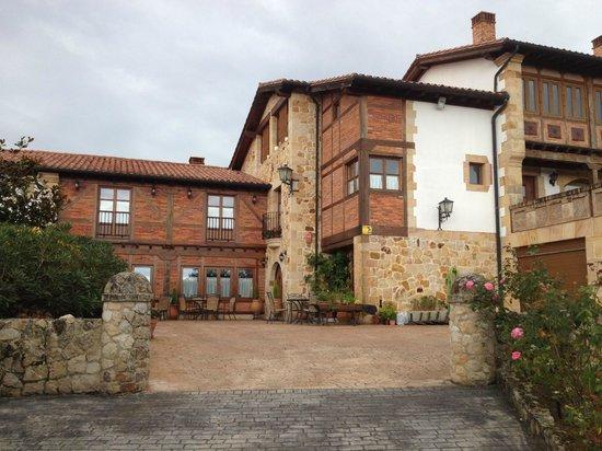 Hotel Senorio de Altamira: Entrada