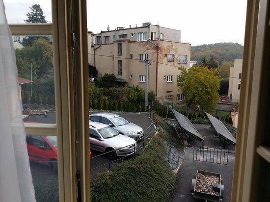 Castle Residence Praha: Garden view