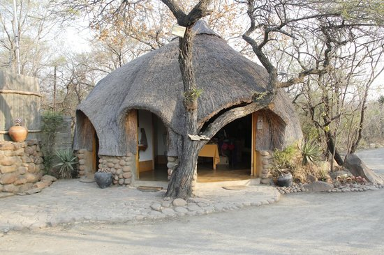 Isibindi Zulu Lodge: The huts a great experience.