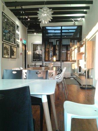 5 ฟุตเวย์อินน์ โปรเจค โบ๊ท คีย์: Public Area & Dining Room