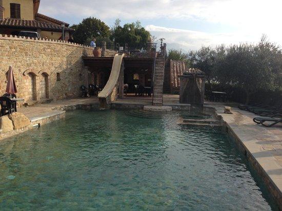 La piscina al villa dama picture of agriturismo villa dama gubbio tripadvisor - Piscina seven savignano ...