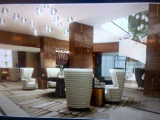 Hilton Rotterdam: Lobby area