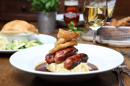 Pub food at the Ranelagh pub in Bounds Green, London
