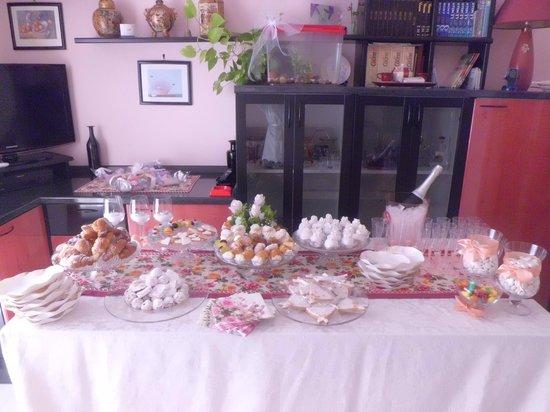 Allestimento buffet sposa foto di bar roma cerignola tripadvisor - Allestimento casa della sposa ...
