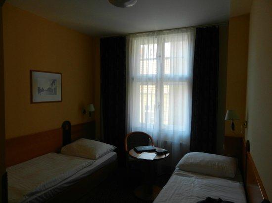 Central Hotel Prague : La mia camera (doppia uso singola)