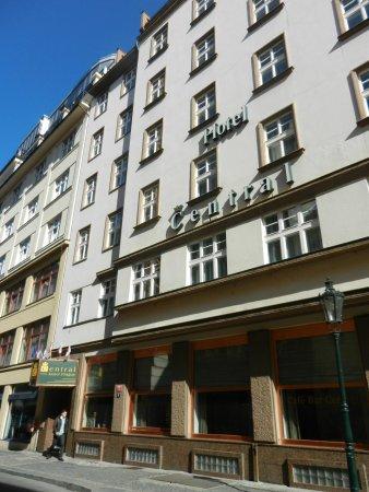 Central Hotel Prague: Facciata esterna