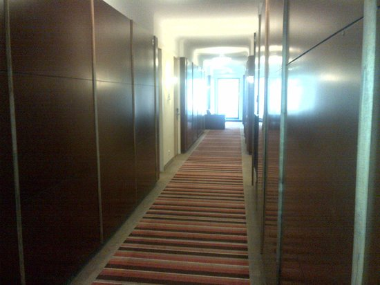 Best Western Plus Grand Winston Hotel: Lobby area