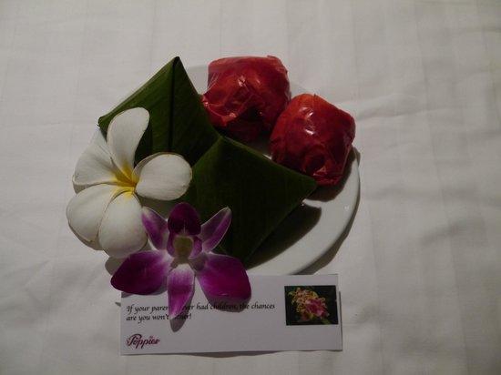 Poppies Samui : Abends kleine Aufmerksamkeiten bekommen